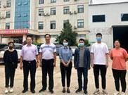二七区委统战部副部长荆体伟一行莅临河南华都集团送助企政策